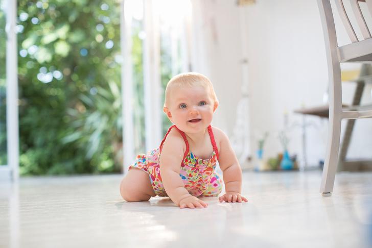 Фото №3 - 8 странных привычек у малышей до года