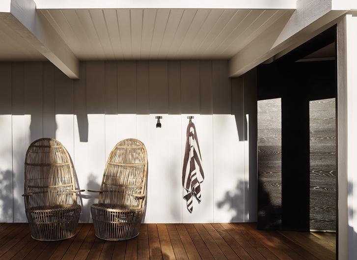 Фото №2 - Светлый дом с винтажной мебелью в Малибу