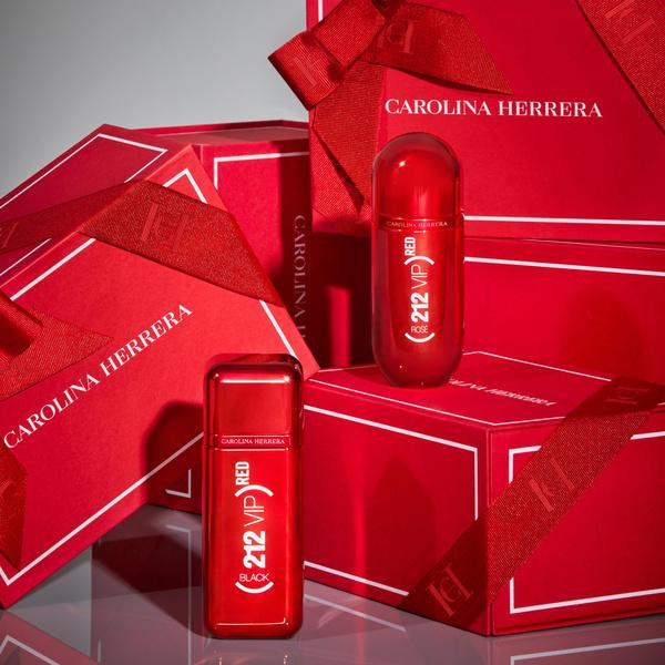 Фото №3 - Вселенной ароматов 212 VIP от Carolina Herrera 10 лет!