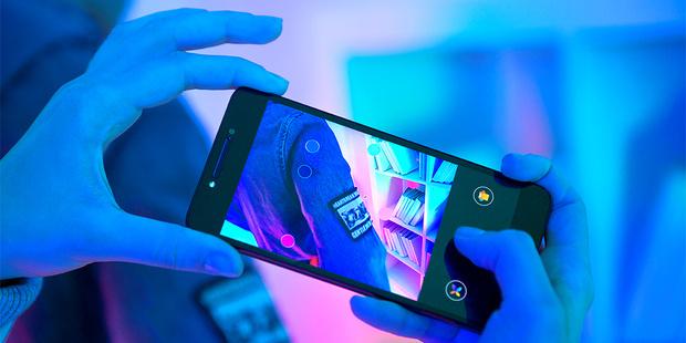 Фото №1 - Вещь дня: смартфон Alcatel A5 LED