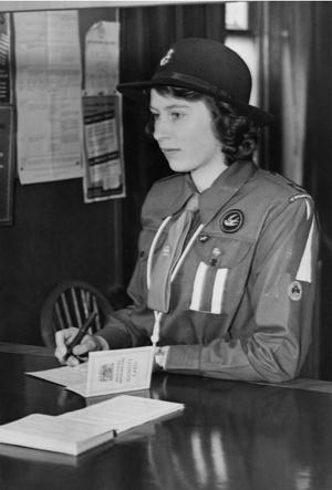 Фото №2 - Принцесса-водитель: как Елизавета служила своей стране во время войны