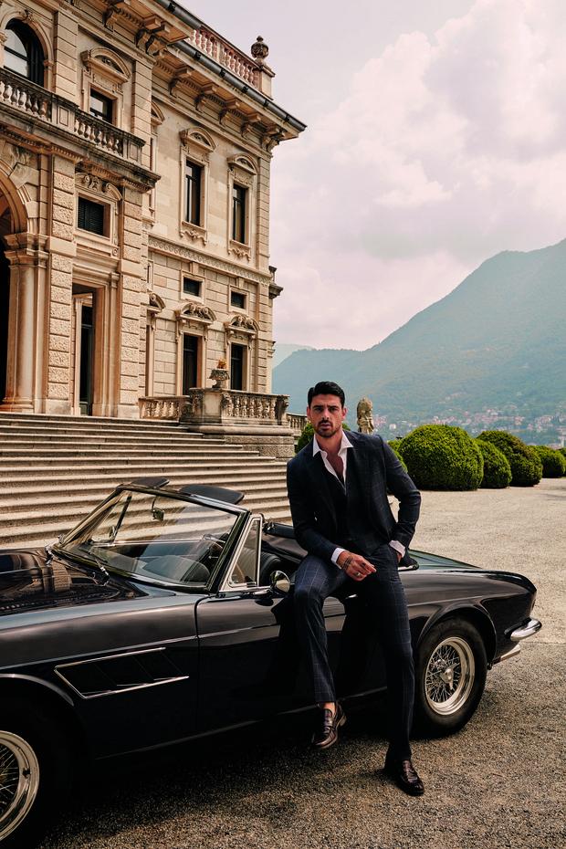 Фото №1 - Сеанс гипноза: самый обсуждаемый итальянский актер стал лицом мужской коллекции Guess