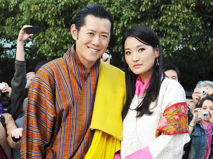 Фото №1 - Король-дракон Бутана: любовь стоит того, чтобы ждать