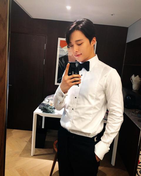 Фото №13 - Sexy Oppa: Кто такой Чан Ки Ён из дорамы «Мой сосед— кумихо» 🏡