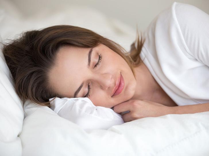 Фото №1 - Спи крепче: почему глубокий сон важен и как его улучшить