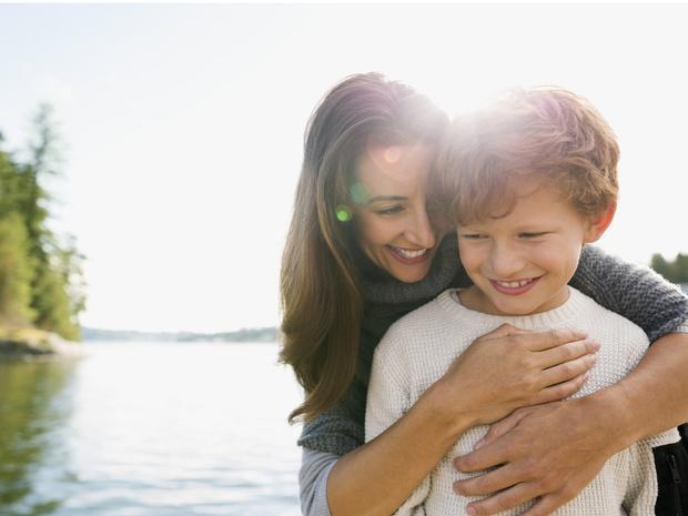 Фото №1 - «Я подружилась с собственным сыном и испортила ему жизнь»