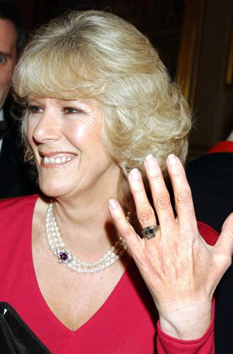 Фото №3 - Во сколько оценивается помолвочное кольцо Камиллы Паркер Боулз
