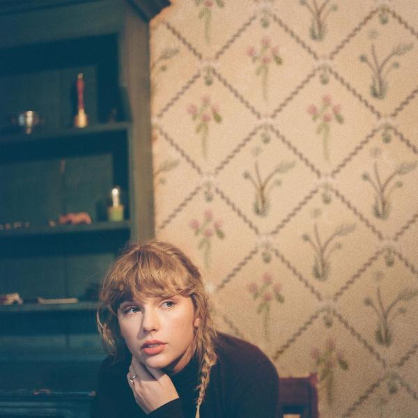 Фото №1 - «evermore»— счастливый альбом Тейлор Свифт