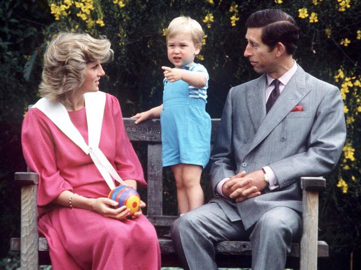 Фото №1 - Как Чарльз хотел назвать Уильяма (и почему Диана была против)