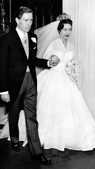 Фото №4 - Как и за что принцесса Маргарет отомстила Королеве в день своей свадьбы