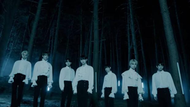 Фото №1 - Лейбл BTS представляет новую группу ENHYPEN: 7 причин обратить на нее внимание