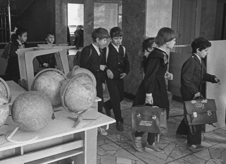 Фото №2 - Ядовитая душа: история школьной посудомойки Иванютиной, которая годами травила людей и была казнена