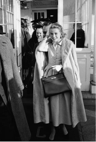 Фото №10 - Гардероб принцессы Монако: секреты безупречного стиля Грейс Келли