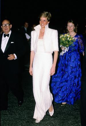 Фото №13 - Никто не идеален: самые неудачные наряды принцессы Дианы