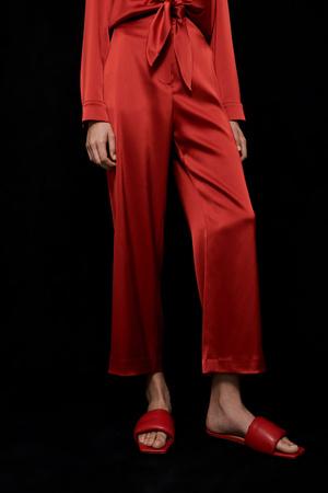 Фото №14 - Lady in red: Nanushka представили коллекцию в честь Китайского Нового года