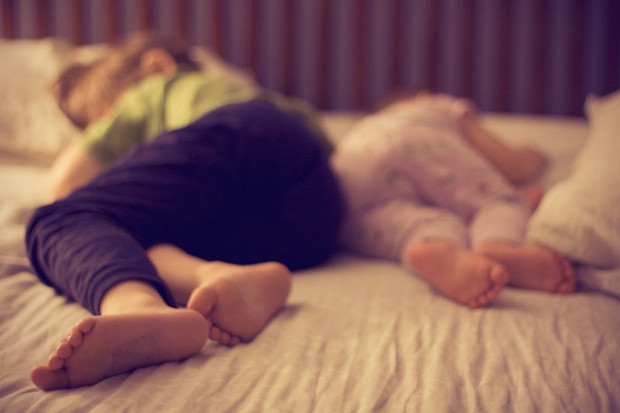 Фото №4 - Тихий час на двоих: как уложить и старшего, и младшего
