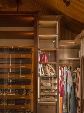 Фото №4 - Идеальная гардеробная: как обустроить комнату мечты