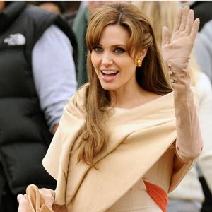Фото №9 - 5 образов Анджелины Джоли, которые всегда будут в моде