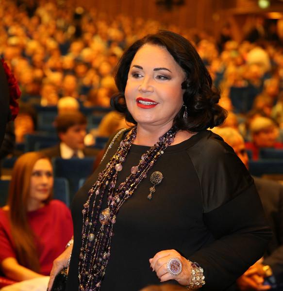 Фото №1 - Директор Надежды Бабкиной сделал заявление о состоянии звезды