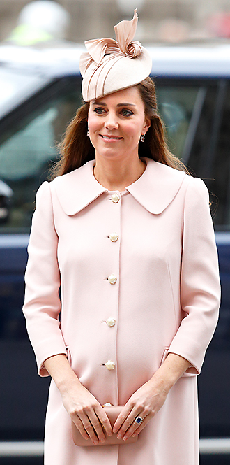 Фото №29 - В модном положении: две беременности герцогини Кембриджской (сравним?)