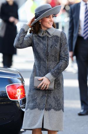 Фото №81 - Любимые бренды одежды герцогини Кембриджской