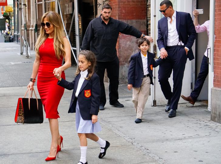 Фото №14 - Бейонсе, Клуни, Гримальди и еще 12 звездных родителей, воспитывающих двойню