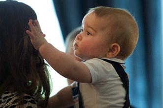 Фото №7 - Кейт Миддлтон сделала первые фото принцессы Шарлотты