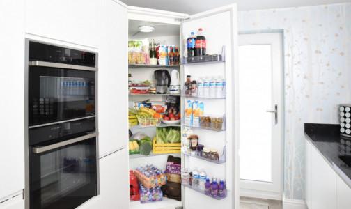 Фото №1 - Съесть на ночь и не потолстеть: Диетолог перечислила продукты для поздних ужинов