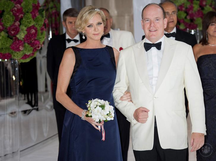 Фото №1 - Князь Альбер II и княгиня Шарлен хотят отметить столетие