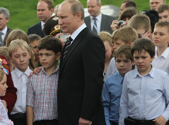 Фото №2 - Пять причин влюбиться в Владимира Путина