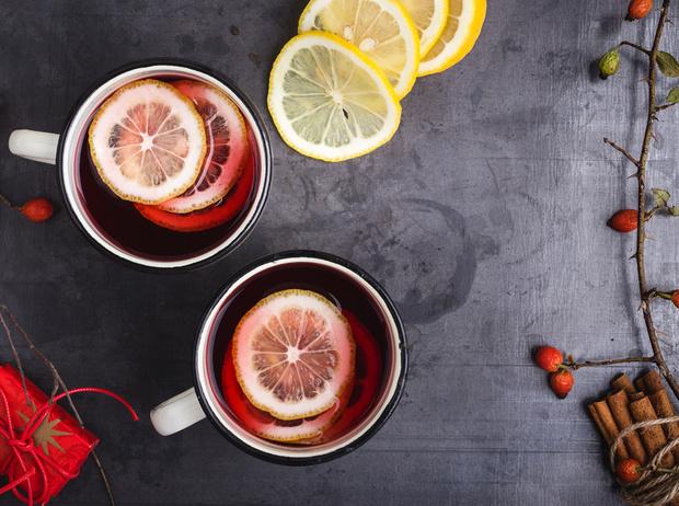 Фото №1 - Согреться и взбодриться: 5 необычных рецептов чая с пряностями