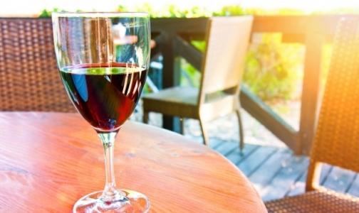 Фото №1 - Более трети россиян верят, что есть безвредные дозы алкоголя
