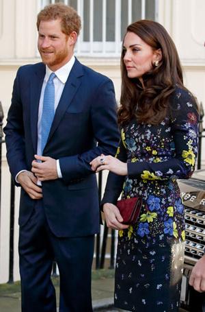 Фото №84 - Любимые бренды одежды герцогини Кембриджской