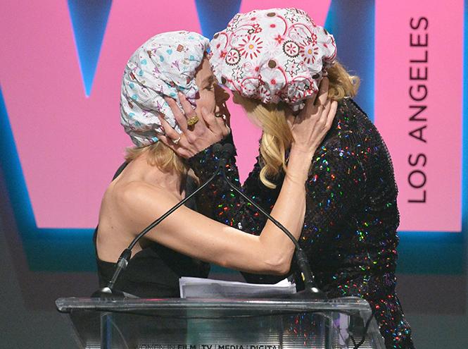 Фото №4 - Николь Кидман поцеловала Наоми Уоттс