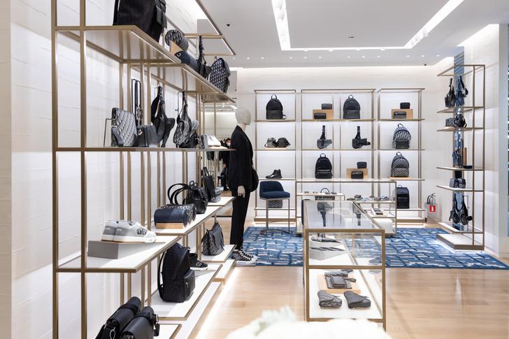 Фото №1 - Новый бутик Dior Men в Москве