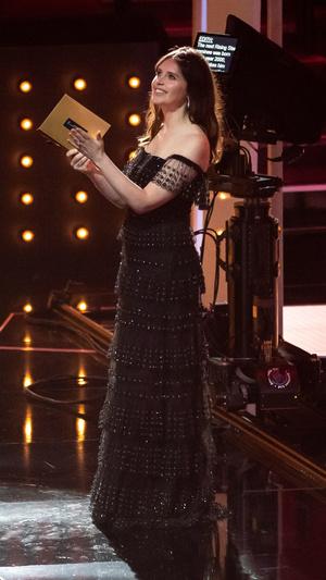 Фото №15 - BAFTA 2021: самые стильные звезды на красной дорожке церемонии