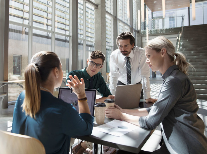 Фото №1 - 9 правил офисного этикета, способствующих карьерному росту