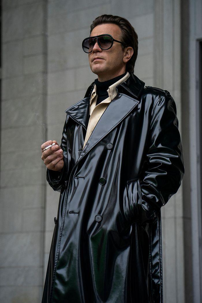 Фото №4 - Как носить черную водолазку мужчинам? 8 безупречных примеров из сериала «Холстон»