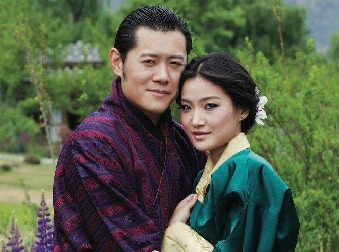 Фото №3 - Король-дракон Бутана: любовь стоит того, чтобы ждать
