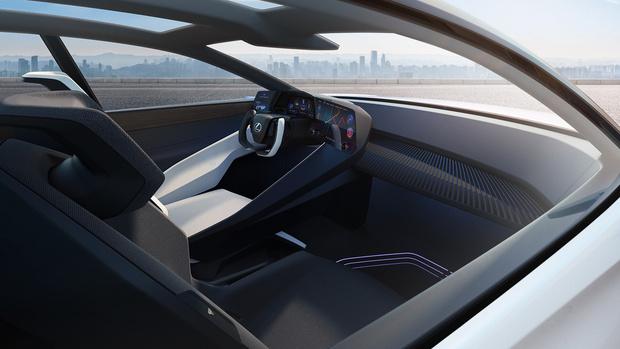 Фото №5 - Lexus представил новый концепт-кар с полностью электронной системой управления