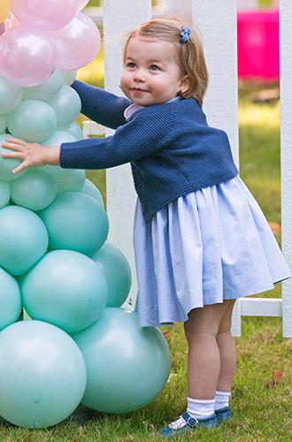 Фото №3 - Новое фото принцессы Шарлотты ко дню рождения