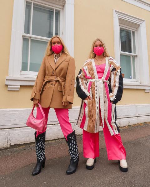 Фото №2 - Как носить color blocking зимой 2021: вдохновляемся луками fashion-инфлюенсеров