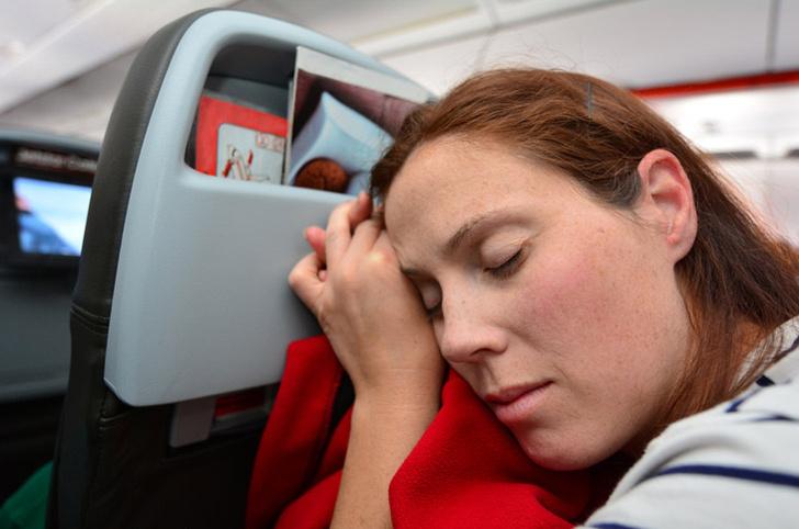Фото №1 - Алкоголь не является главной причиной агрессивного поведения на борту самолета