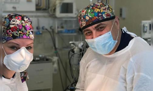«Спасибо, доктор», - говорят читатели «Доктора Питера» людям в белых комбинезонах