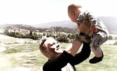 Что ты за мать? Пинк критикуют за фото с ребенком