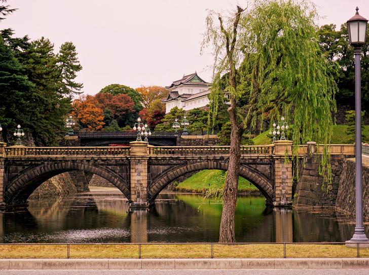 Фото №8 - Самые красивые королевские дома по всему миру