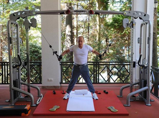 Фото №11 - Короли фитнеса: 15 самых спортивных глав государств нашего времени