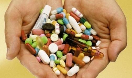 Фото №1 - Какие лекарства можно использовать для избавления от боли и жара