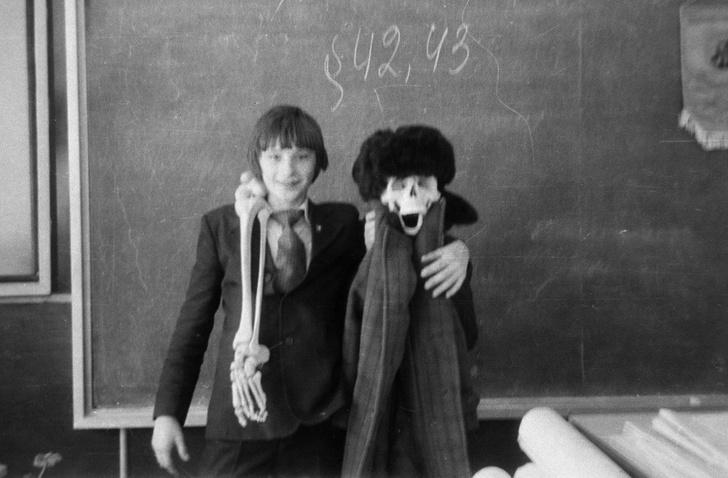 Фото №1 - 15 лучших вещей, которые были в школе конца XX века