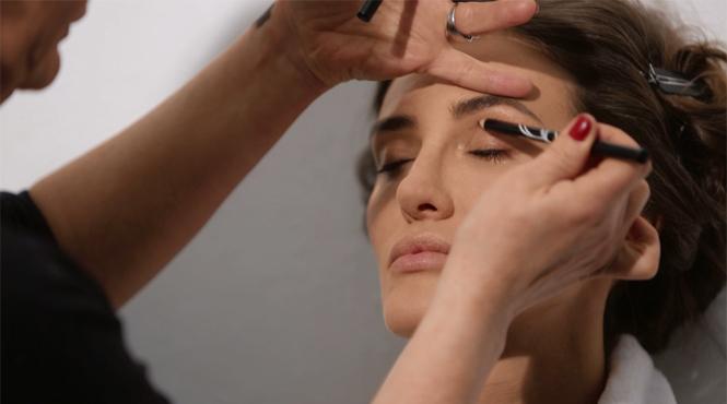 Фото №6 - Как повторить нежный осенний макияж от Rouge Bunny Rouge